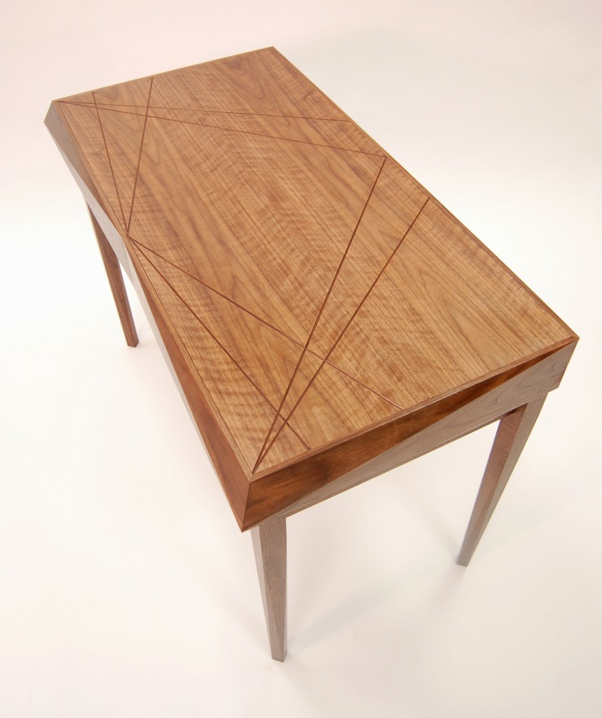 Luxury writing desk - Top angle view, displaying groove detail