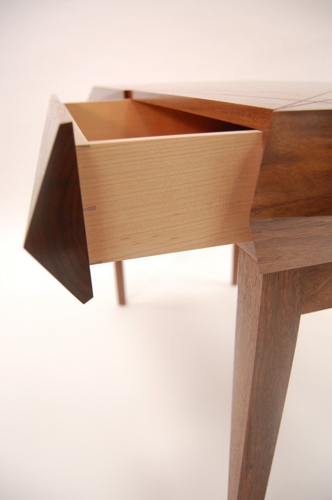 Luxury writing desk - Side view of dovetail drawer