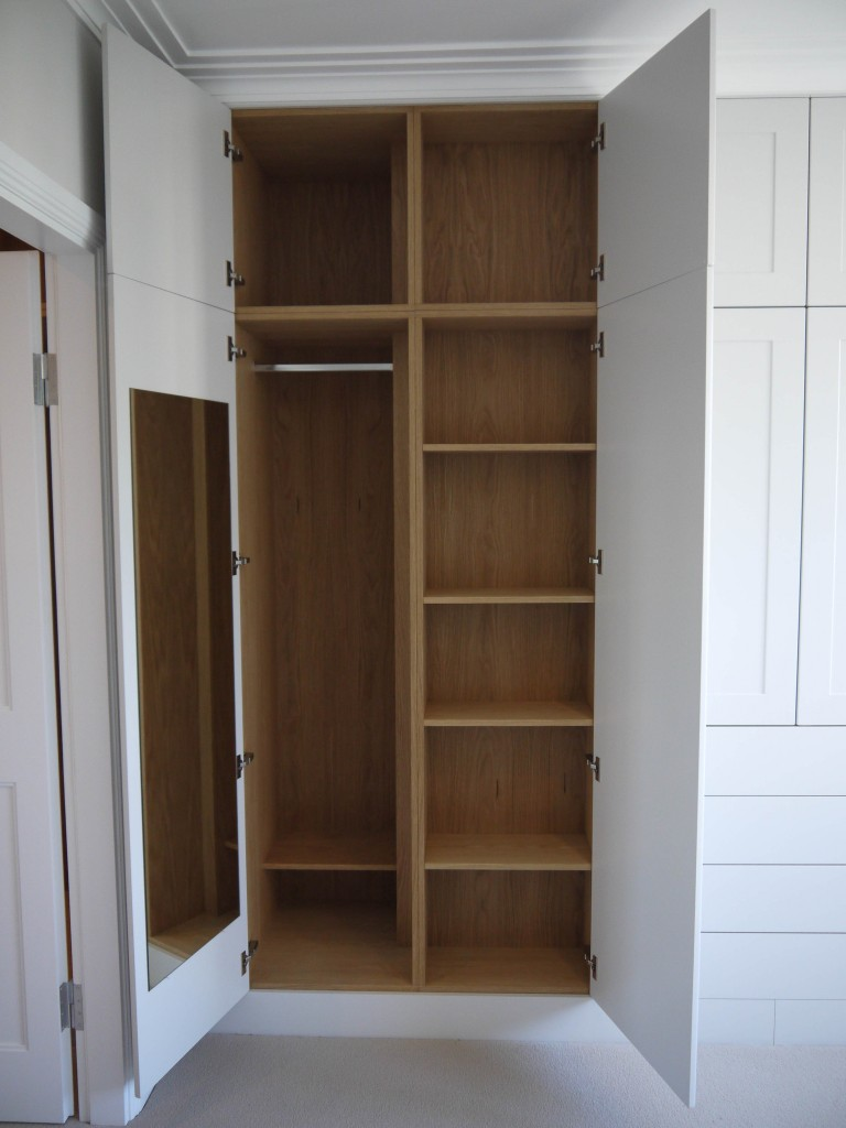 Wardrobe 2 - L/H Section view