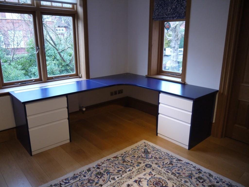 L-shaped desk - front view